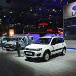 Продажи легковых авто вРФ упали больше, чем на40%