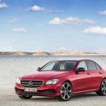 Седан Mercedes E-Class получит новые двигатели летом 2016г.