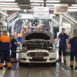 Исследование: автозаводы Петербурга ксередине зимы снизили производство практически наполовину